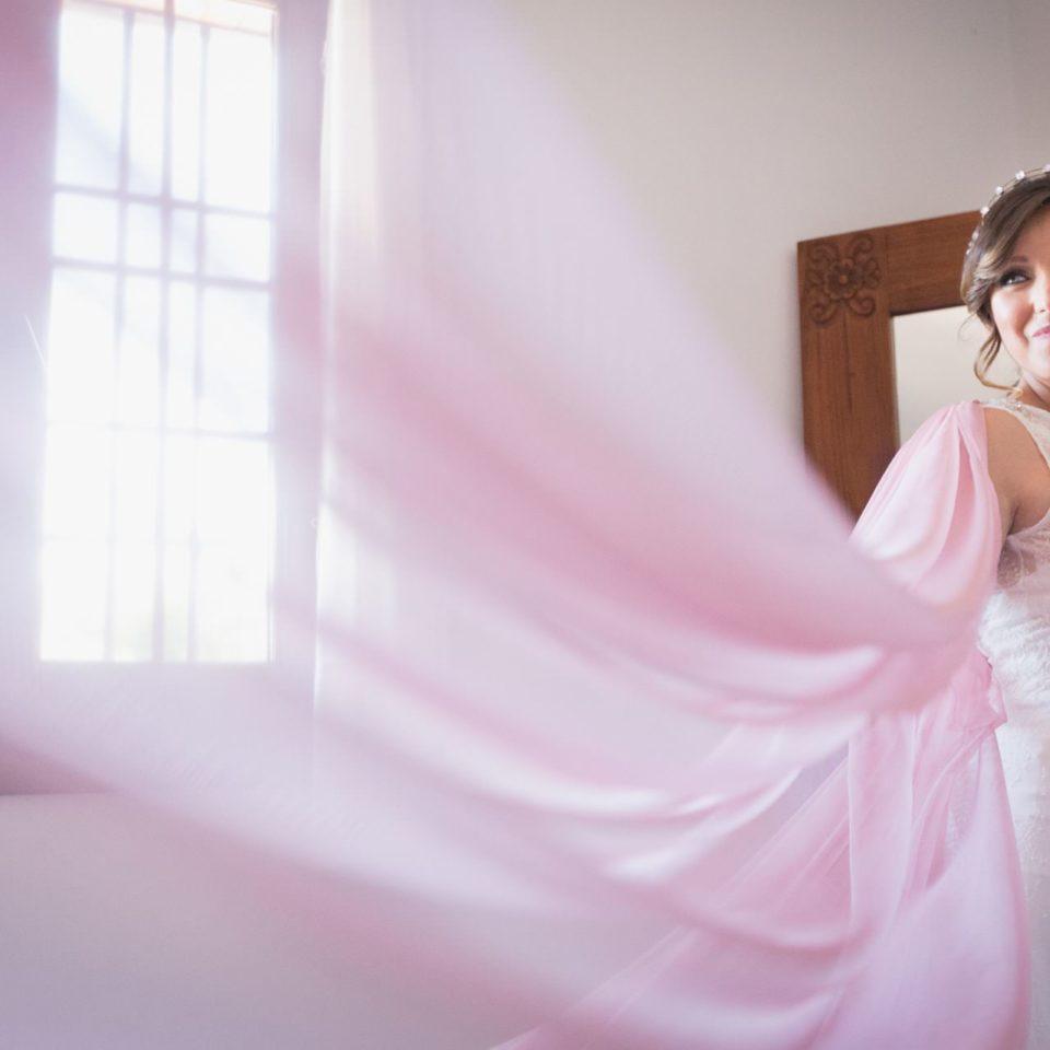 Preparativos novia boda rural